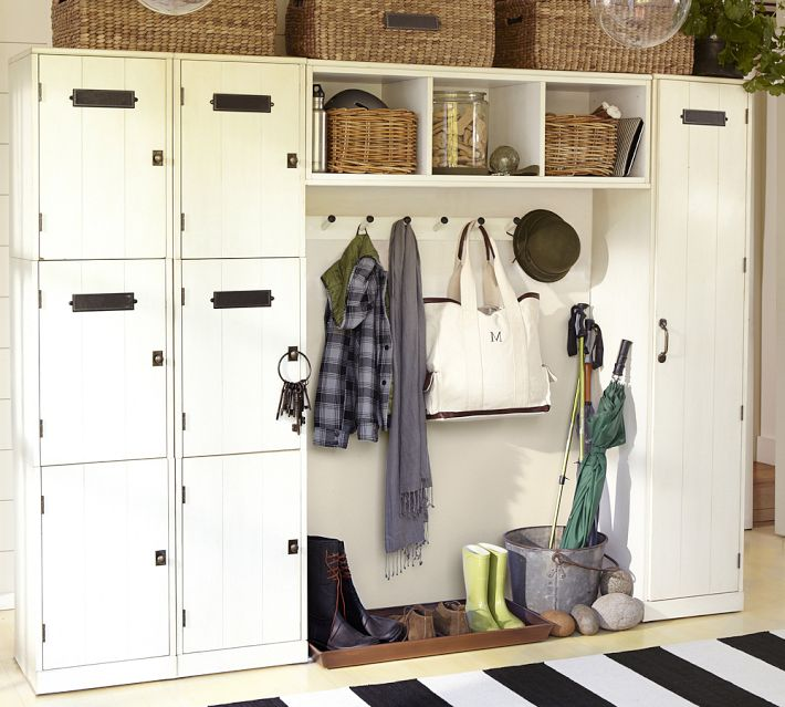 mudroom storage with lockers